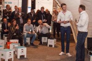Aarnink geeft het woord aan René de Heij, die aankondigt eveneens op te stappen.