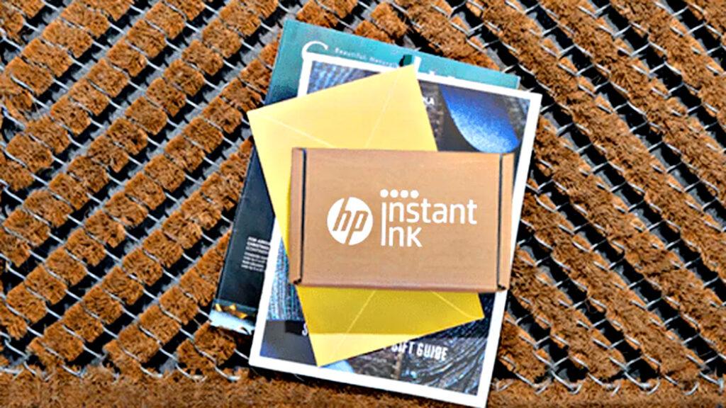 Nieuwe inktcartridges vallen automatisch op de mat, dankzij Instant-Ink abonnement