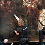 Montage linker vergrotingspaneel. (foto Rijksmuseum, Reinier Gerritsen)